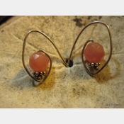 Rose quartz sterling silver hoop